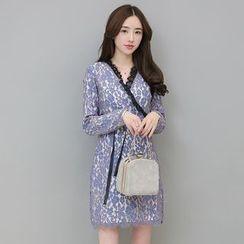 Sienne - Long Sleeve V-Neck Lace Dress