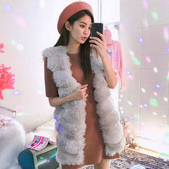 chuu - Open-Front Tiered Faux-Fur Vest