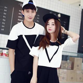 Lovebirds - Short-Sleeved Print Couple T-Shirt