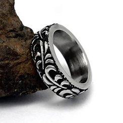 Andante - Embossed Titanium Steel Ring