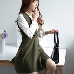 Angel Shine - Set: Collared Top + Sleeveless Wool Dress