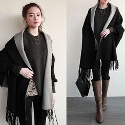 NIPONJJUYA - Shawl-Collar Fringed Wool Blend Cape
