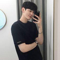 Seoul Homme - Cut-Off Detailed Short-Sleeve T-Shirt