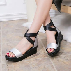 Hannah - Two-tone Cross Strap Cuffed Platform Sandals