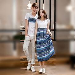 Azure - Couple Matching Printed Short Sleeve T-Shirt / Cap Sleeve Midi Dress