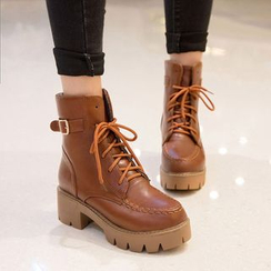 Shoes Galore - Block Heel Lace-Up Short Boots