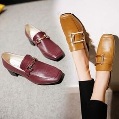 Yoflap - Buckled Loafers