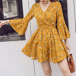 Queen Bee - Floral Print Bell Sleeve A-Line Chiffon Dress
