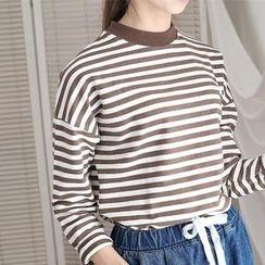 11.STREET - Striped 3/4 Sleeve T-Shirt