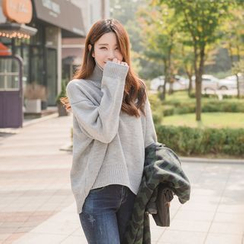 WITH IPUN - Turtleneck Knit Sweater