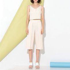 Ultra Modern - Set: Cropped Camisole Top + Plain Culottes