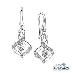 Leo Diamond - 18K White Gold Diamond Twisted Rhombus Drop Hook Earrings
