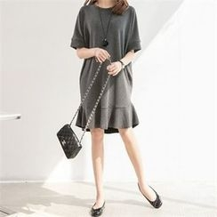 PIPPIN - Ruffle-Hem Pullover Dress
