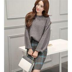 Eighoo - Set: Drop Shoulder Sweater + Plaid Pencil Skirt