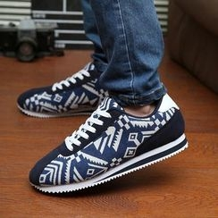 Easy Steps - Patterned Sneakers