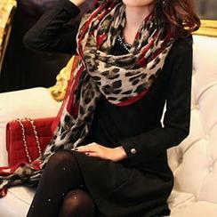 Rita Zita - 豹纹印花薄围巾