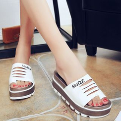 Sunsteps - Platform Lettering Sandals
