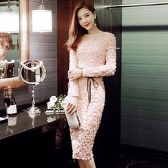 Sherbo - Long-Sleeve Applique Sheath Dress