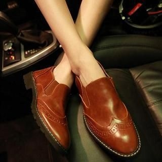 JUN.LEE - Wingtip Casual Shoes