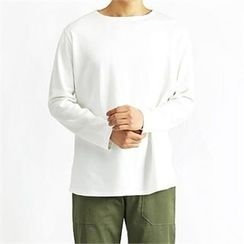 THE COVER - Boat-Neck T-Shirt