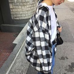 Sinbounboun - Gingham Oversized Shirt
