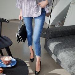 Cherryville - Cutout-Hem Skinny Jeans