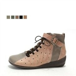 MODELSIS - Lace-up Buckled Sneakers