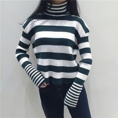 Bloombloom - Striped Turtleneck Sweater
