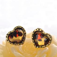 Fit-to-Kill - Leopard Print Heart Earrings