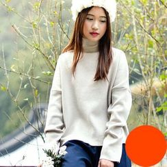 Yammi - Turtleneck Sweater