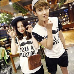 Evolu - Short-Sleeved Moustache Print Couple T-Shirt