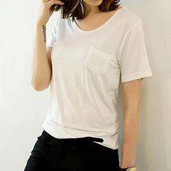 Jolly Club - Short-Sleeve T-Shirt
