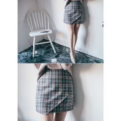 Chlo.D.Manon - Wrap-Front Plaid A-Line Mini Skirt