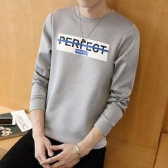 Bay Go Mall - Lettering Pullover