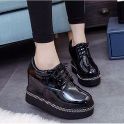 Simply Walk - Hidden Wedge Platform Lace-Up Shoes