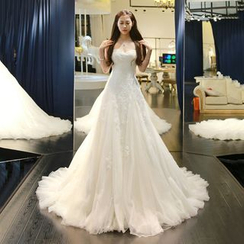 YACCA - Bandeau Wedding Ball Gown With Train