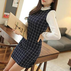Dowisi - Long-Sleeved High Neck Check Dress