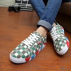 Hipsteria - Patterned Canvas Sneaker