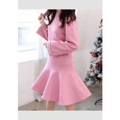 DEEPNY - Long-Sleeve Flared-Hem Dress