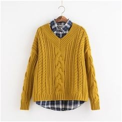 Lemon Town - V-Neck Cable Knit Sweater