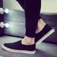 HOKK - 纯色轻便鞋