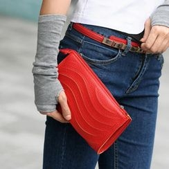 SO Central - Convertible Cutout Clutch