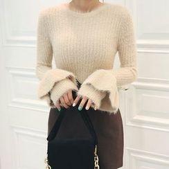DABAGIRL - Ruffle-Cuff Furry-Knit Top