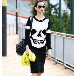 SO Central - Long-Sleeved Skull Print Knit Dress