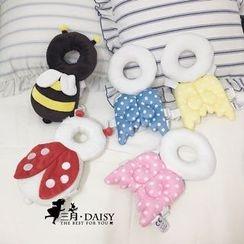 March Daisy - 婴儿可爱翅膀枕头