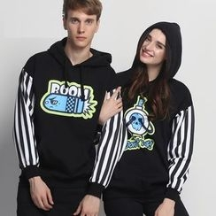 HappyTee - Striped-Sleeve Print Hooded Couple Pullover