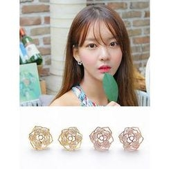soo n soo - Crystal Flower Earrings