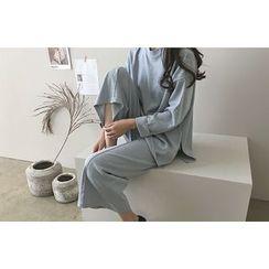 DAILY LOOK - Set: Cuff-Sleeve Slit-Side Top + Band-Waist Wide-Leg Pants