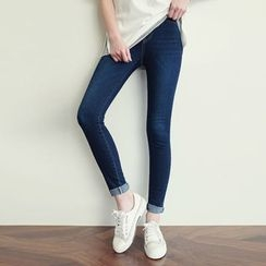 CLICK - Banded-Waist Washed Jeans