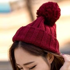 Hats 'n' Tales - Cable Knit Beanie